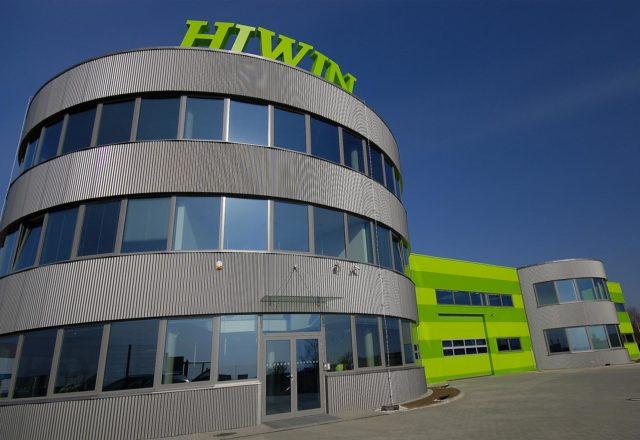 2013 – Hiwin areál Brno Tuřany – komunikace