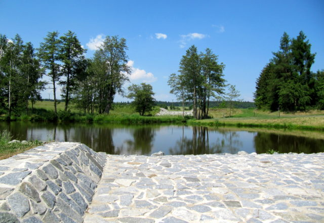 2013 – Vodní nádrž a poldr v obci Buková