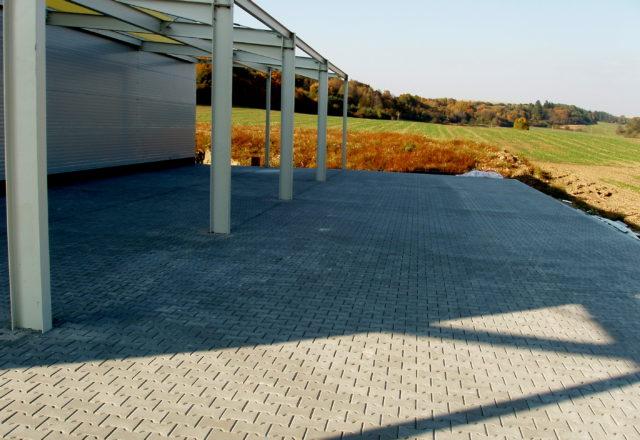 2010 – Školící a administrativní objekt, výrobní hala, KOPLAST spol. s r.o., Jedovnice